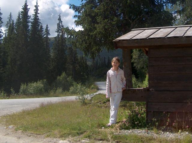 Haastattelija Maria Myllylä Norjan Telemarkissa heinäkuussa 2007.