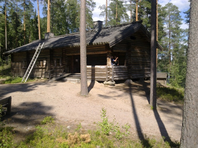 Suomen Marsalkka Mannerheimin  Metsästysmaja Lopella, heinäkuussa 2012. Kuva YMy.
